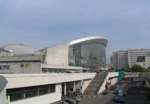 вид с улицы бассейна Олимпийский